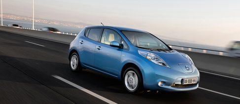 Nissan pisa fuerte con su turismo eléctrico: Nissan LEAF
