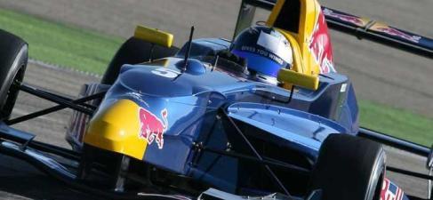 Carlos Sainz Jr, listo para marcar hitos en la competición
