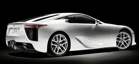 El Lexus LF A, primer deportivo de lujo de la marca, ya está en las calles