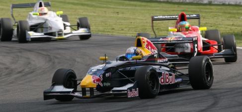 Otro podio más para Sainz Jr que le mantiene líder