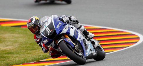 Pedrosa repite victoria en Sachsenring y cierra otro triplete