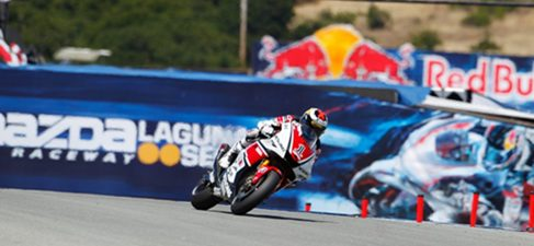 Lorenzo vuelve a conseguir la pole en Laguna Seca