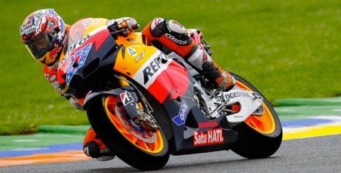 Ajustada victoria de Casey Stoner en el GP de Valencia de MotoGP