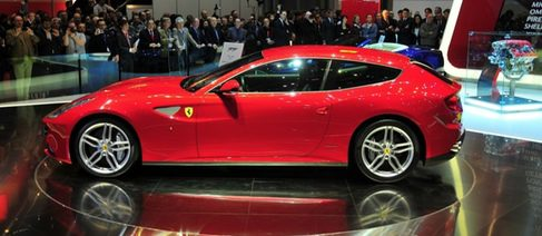 Nuevo Ferrari FF, ¿innovación necesaria?