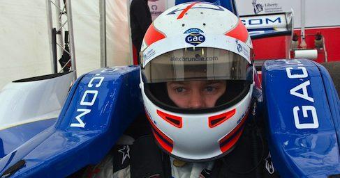 Alex Brundle disputará las GP3 Series con el equipo Carlin