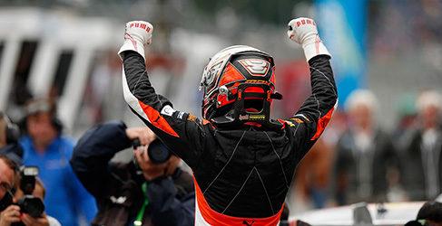 Max Verstappen y más Verstappen en Norisring