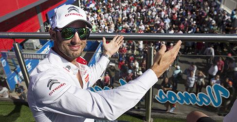 Doblete de 'Pechito' López en casa y primer podio de Lada en el WTCC