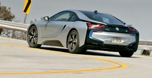 BMW i8 frente a frente con el Porsche 911