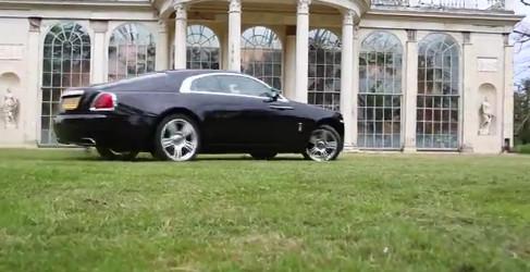 Tax the Rich pasea un Rolls Wraith en su último vídeo