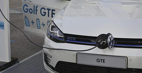La traca final: Probamos el Volkswagen Golf GTE