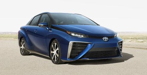 Toyota Mirai, el futuro sedán con pila de hidrógeno
