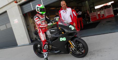 Test de Kawasaki y Ducati SBK en MotorLand Aragón