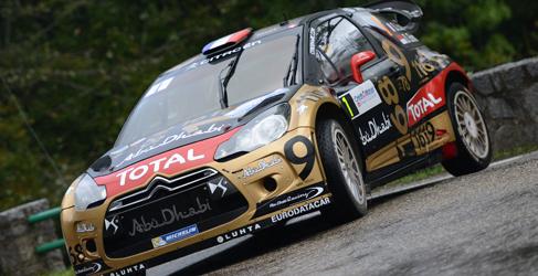 Sebastien Loeb en el Rally de Montecarlo 2015 con un DS3 WRC
