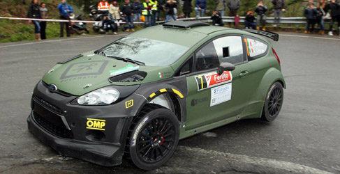 Lorenzo Bertelli con un Fiesta RS WRC y apoyo de Pirelli