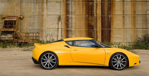 Lotus confirma nuevo modelo y subida de ventas