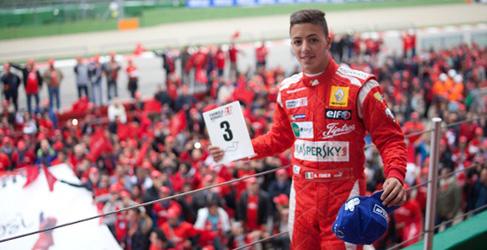 Marco Sorensen en GP2 y Antonio Fuoco en GP3 con Carlin para 2015
