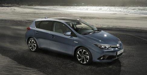 Toyota desvela los nuevos Auris y Auris Touring Sports