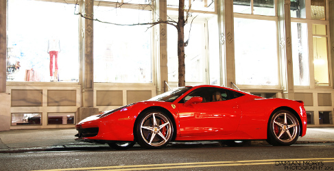 Un chaval quema su Ferrari 458 Italia porque quería un Ferrari nuevo