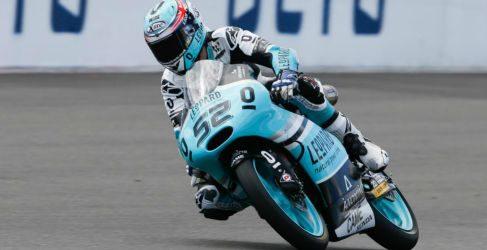 Danny Kent vence su GP en Silverstone