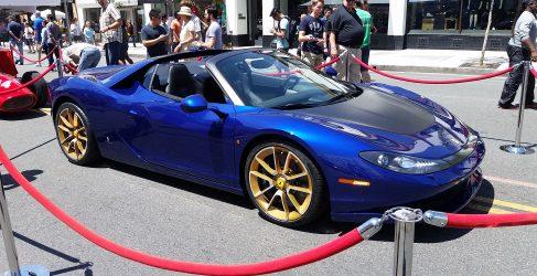 Raro ejemplar Ferrari Pininfarina Sergio en azul marino
