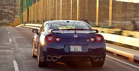 Nissan tontea con una versión eléctrica del GT-R