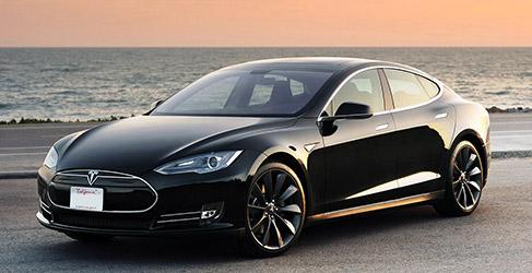 El Tesla Model S aparcará sólo con su próxima actualización