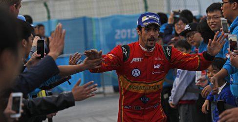 Sébastien Buemi líder tras ganar en Beijing