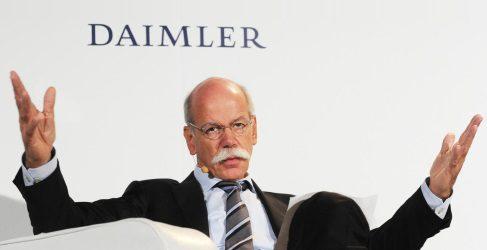 Dieter Zetsche acusa a VAG de dañar la reputación de las marcas alemanas