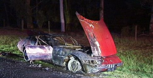 Aparece completamente quemado el Ferrari Daytona ex Roger Waters