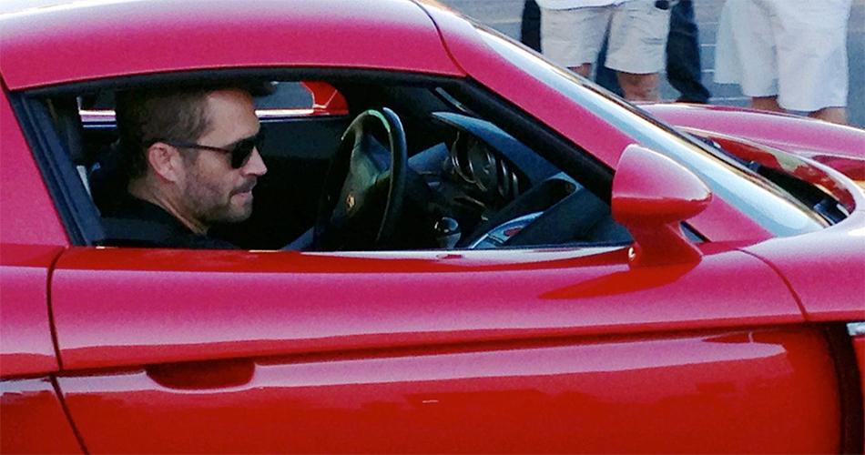 El padre de Paul Walker demanda a Porsche por falta de seguridad