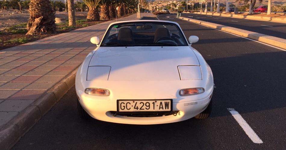 Disfrutamos del Mazda MX-5 NA, la primera generación del mito