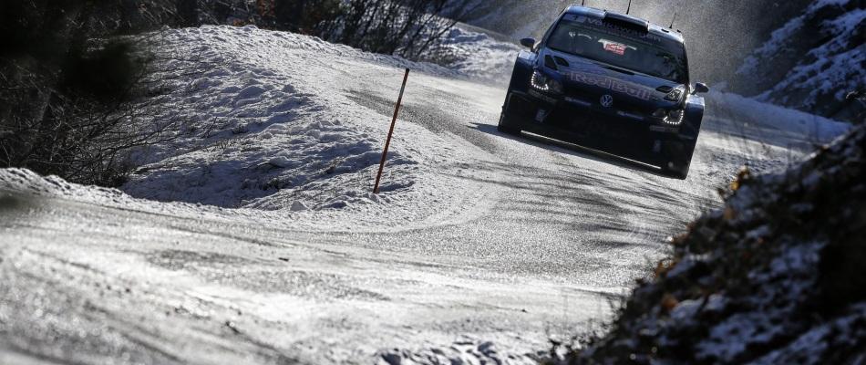El Rally de Montecarlo a la vuelta de la cuneta