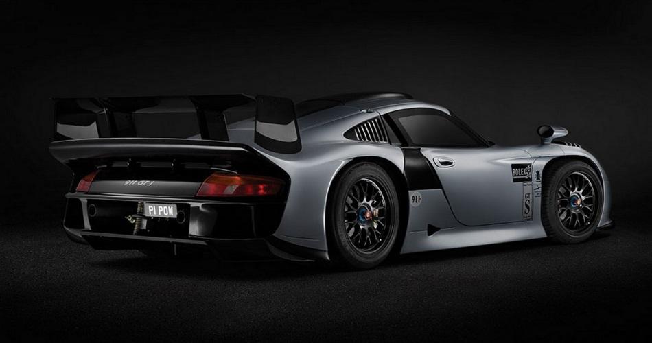 Un auténtico Porsche 911 GT1 de carreras homologado para carretera a subasta