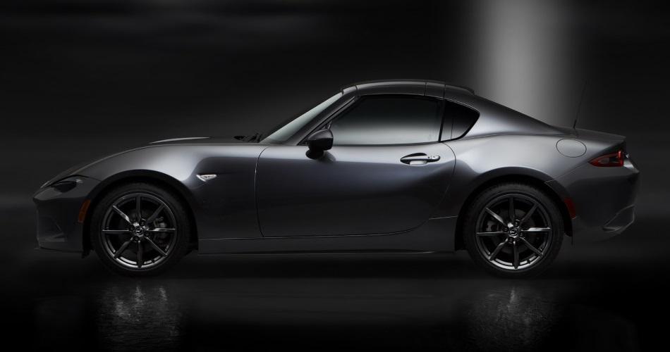 Mazda presenta el nuevo MX-5 RF, versión coupe de techo retráctil tipo targa