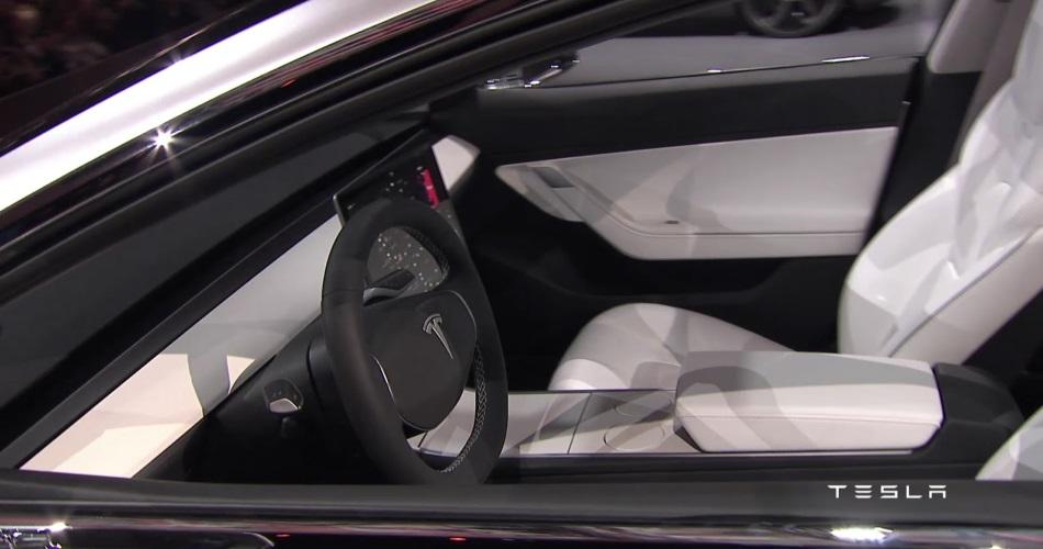 El misterio de los mandos del nuevo Tesla Model 3