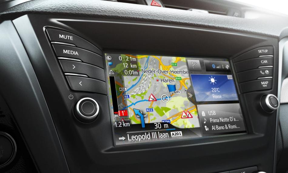 Toyota actualiza el Avensis de cara al 2016