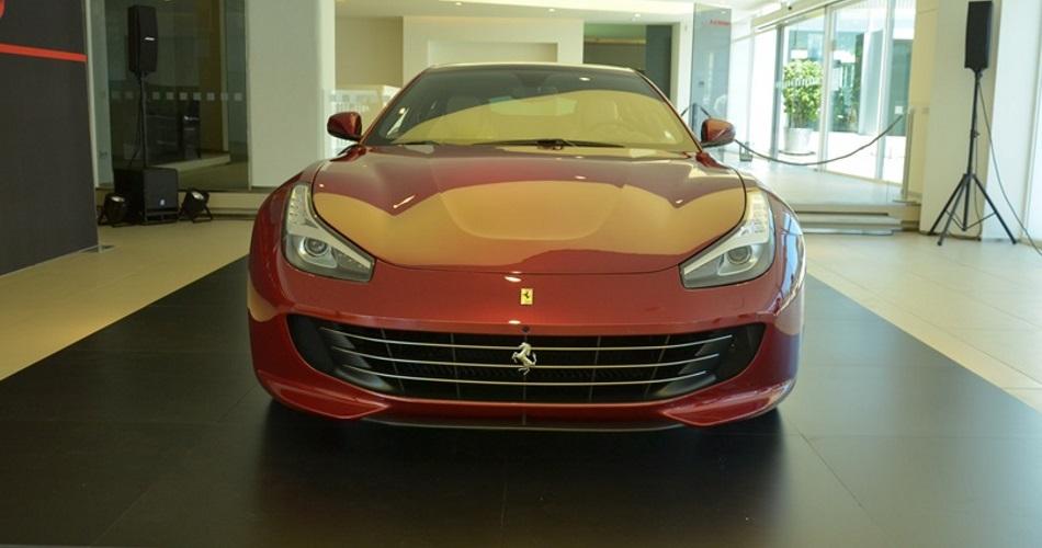 Analizamos con detalle el nuevo Ferrari GTC4Lusso, el último Ferrari de 4 plazas