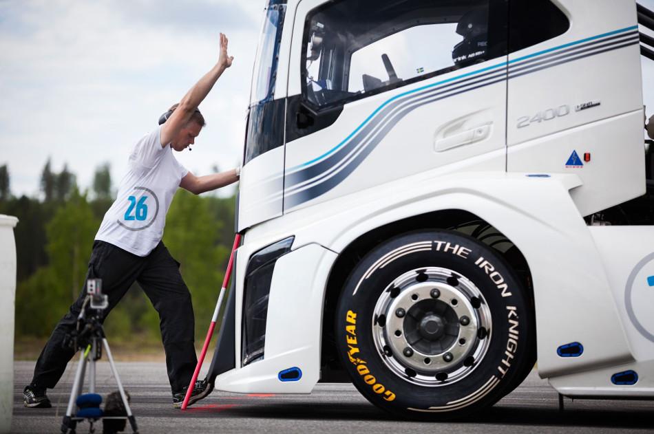 The Iron Knight, el camión más veloz
