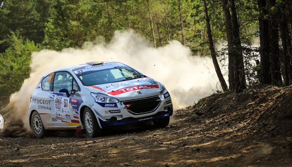 Pepe López se gradúa en la 208 Rally Cup francesa