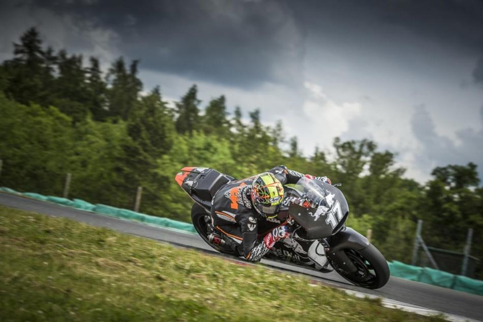 Karel Abraham vuelve a MotoGP de la mano del Aspar Team