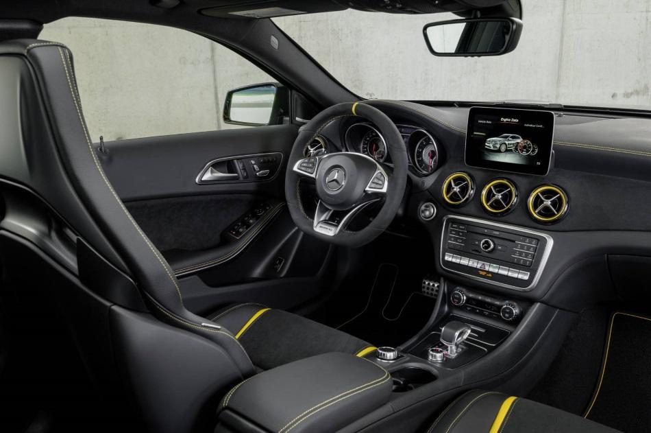 El Mercedes-Benz GLA 2017 llega de la mano de la variante AMG, ahora con 381 CV