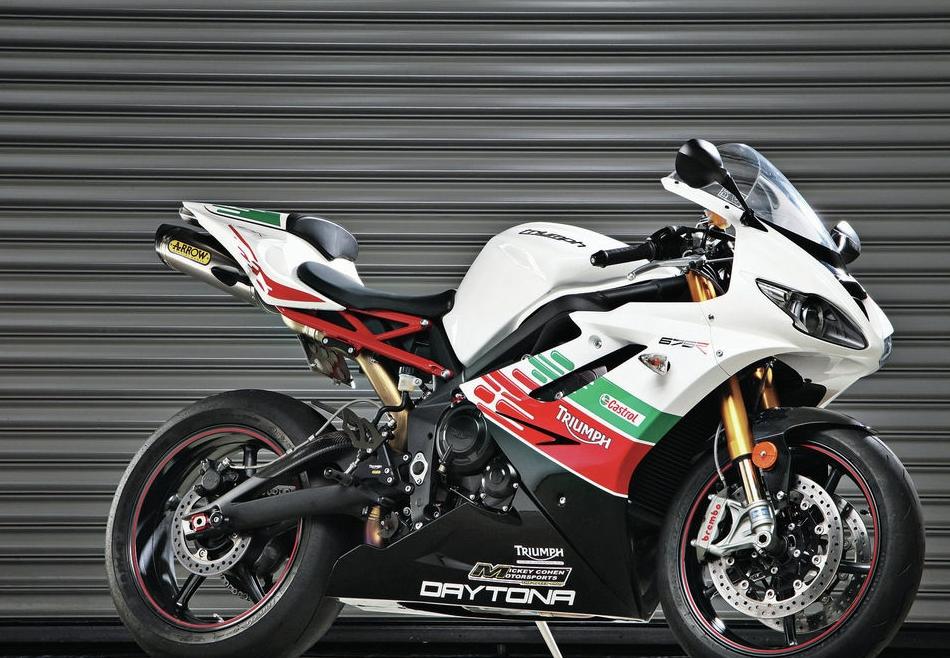 Posible entrada de Triumph en Moto2