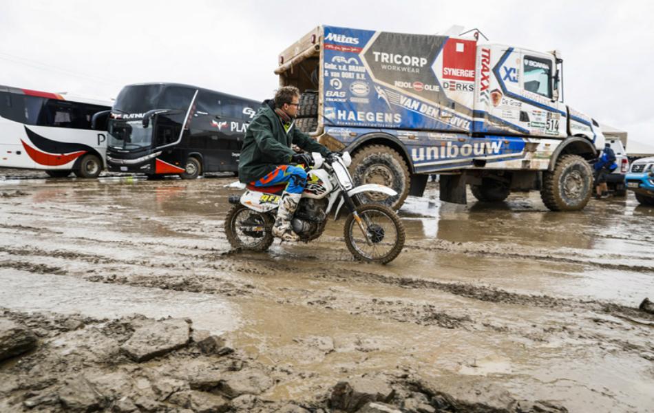 La octava etapa del Dakar también se recorta