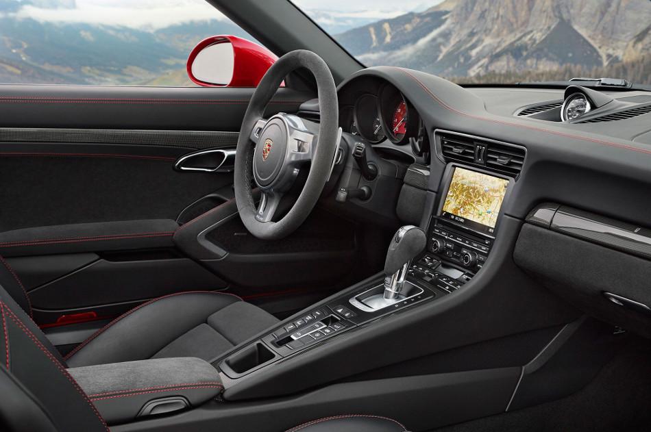 Una mirada cercana al Porsche 911 GTS