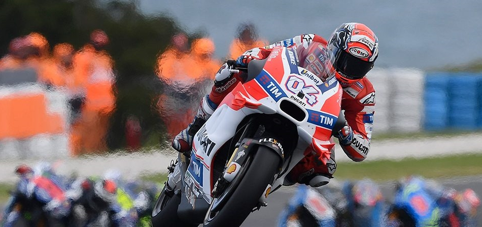 Suzuki y Ducati en Phillip Island
