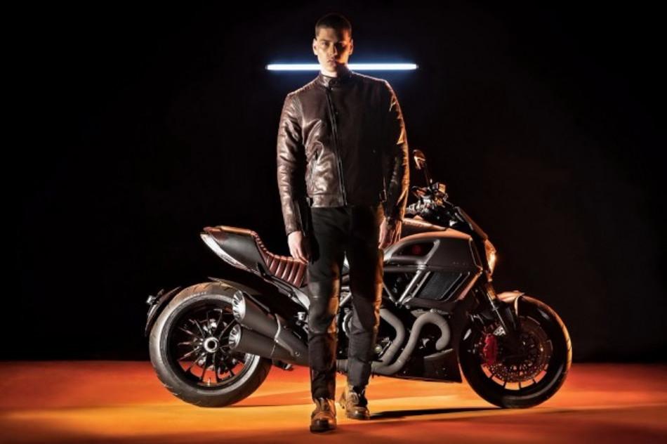 Para los más exquisitos llegó la Ducati Diavel Diesel