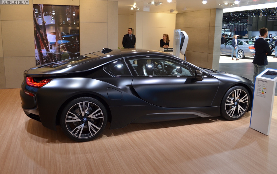 BMW muestra el i8 Protonic Frozen Black Edition en Ginebra