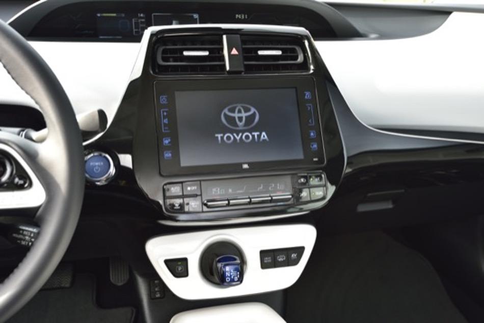 Toyota y NTT implementan sistemas de movilidad inteligentes