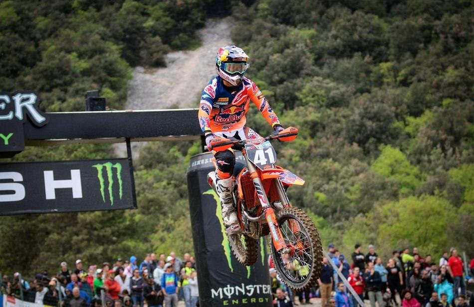 MX2: Jorge Prado gana, placa roja para Jonass