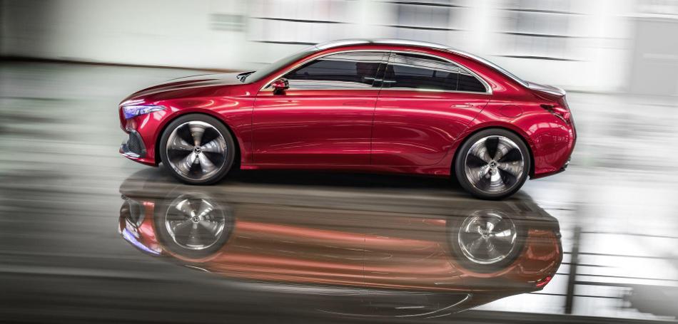 Mercedes presentó el Clase A Sedan Concept